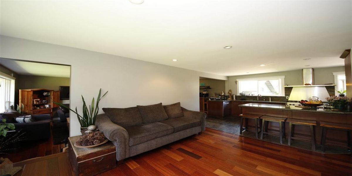 5 Bedrooms Bedrooms, ,3 BathroomsBathrooms,Apartment,For Sale,1007